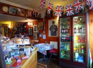 War Cafe