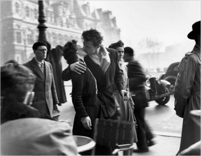 Robert Doisneau's kiss